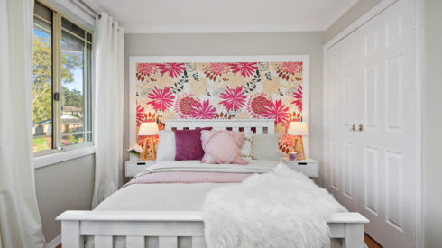 09-Cherie-Barber_Renovating-For-Profit_Mothers-Day-Bedroom_After_0100-00288