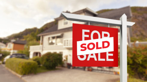 07-Cherie-Barber_Renovating-For-Profit_Buying-in-Recession-sold-00343