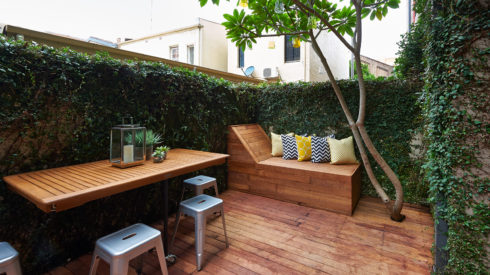 Feature-Cherie-Barber_Renovating-For-Profit_outdoor-room-Chippendale_0100-00345