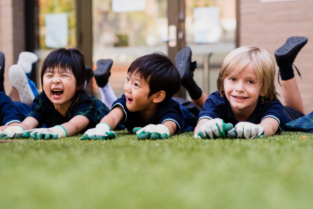 igs-kindergarten-students-in-the-peace-garden
