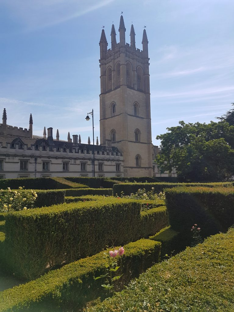 igs-oxford-royale-academy-grounds-2