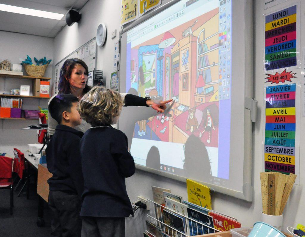 igs-french-teacher-helen-schmit-classroom-year-1