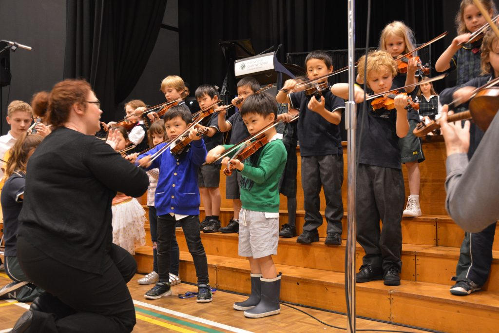 igs-kindergarten-year-2-assembly-performance-junior-orchestra