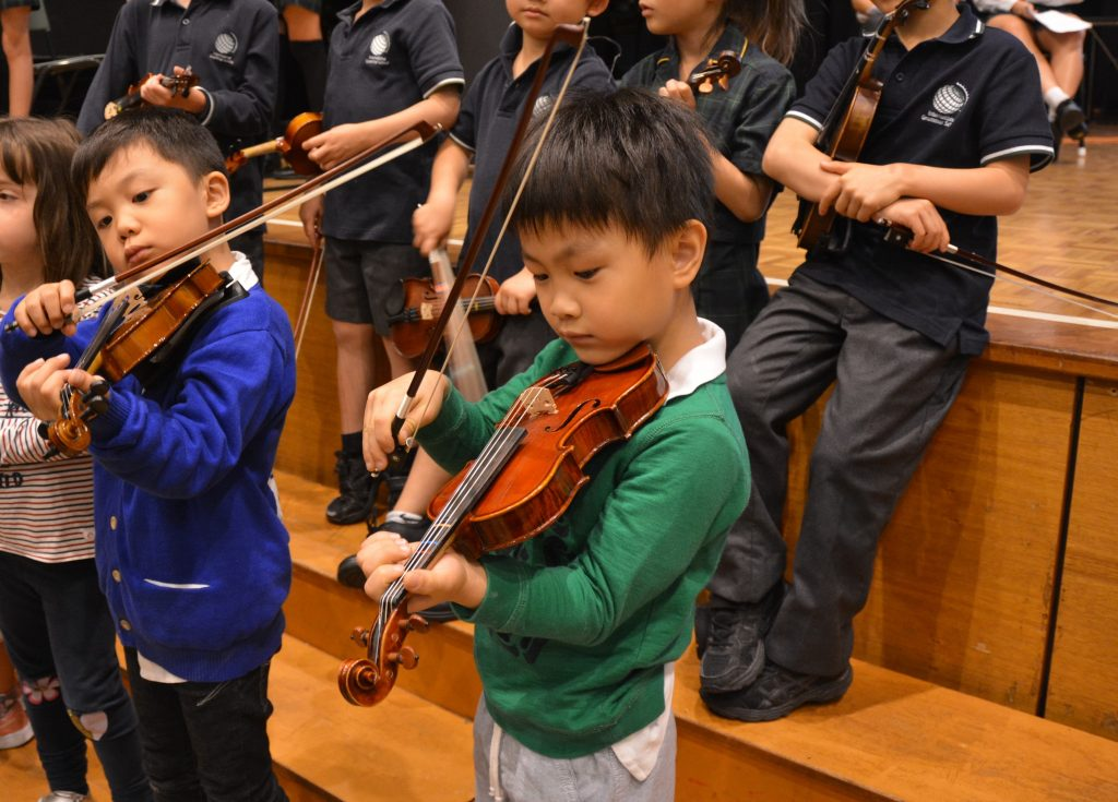 igs-kindergarten-year-2-assembly-performance-early-learning