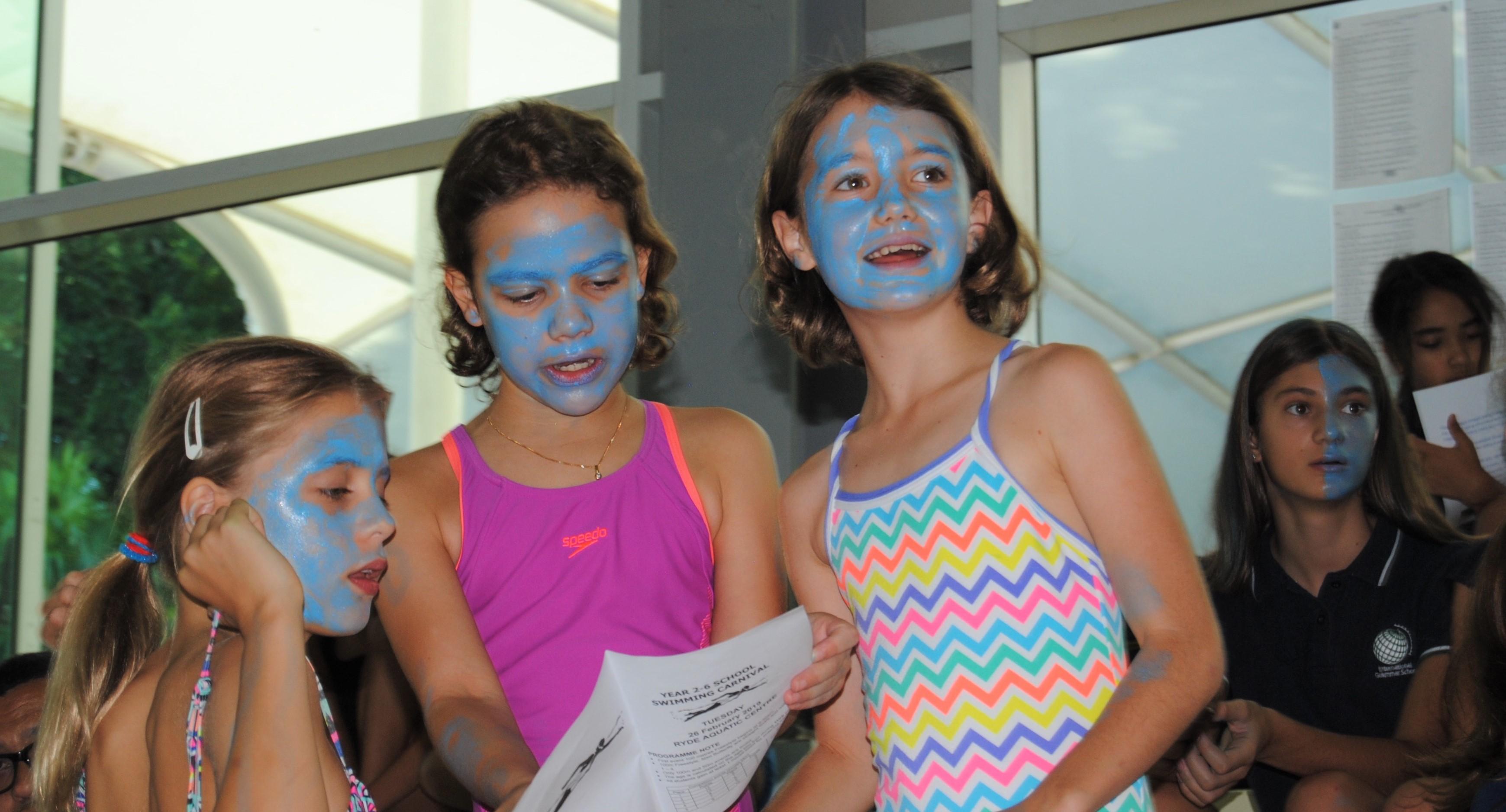 igs-primary-school-swimming-carnival-pool-race-cheering
