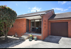 3/22 Bedford Road Ringwood