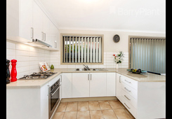 property/561006/121b-denton-avenue-st-albans/ image