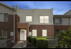 11 Grassland Avenue Coburg