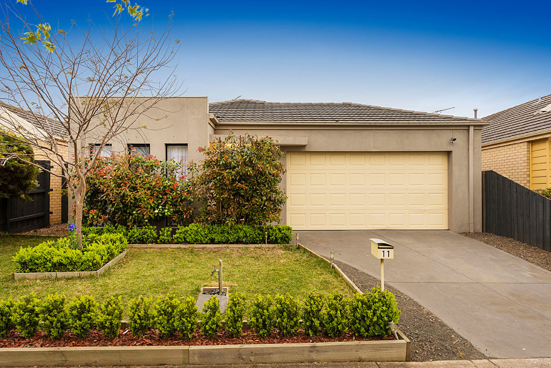 11 Emily Crescent Point Cook