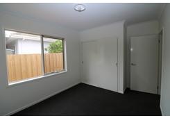 108 B Ormond Road East Geelong image