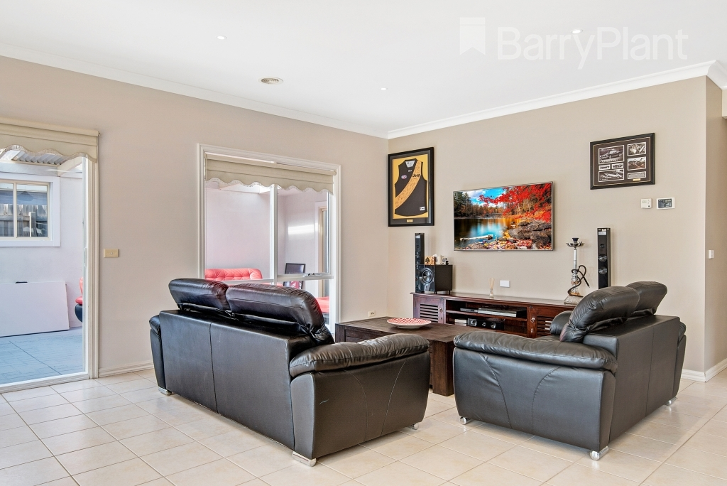 25 Whistler Crescent Point Cook