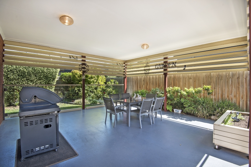 22 Dolphin Crescent Point Cook