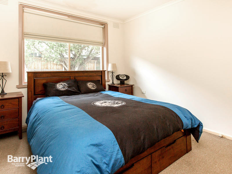 2/45 Spray Street Mornington