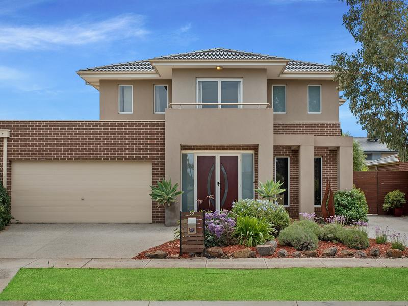 22 Grandiflora Grove Point Cook