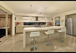 property/558115/6-trentbridge-road-mulgrave/ image