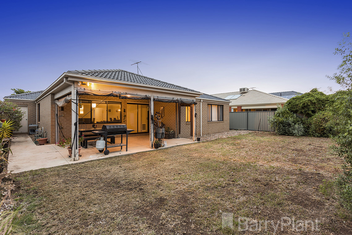 22 Maxwell Street Point Cook