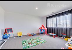 15 Greenfields Boulevard Romsey image
