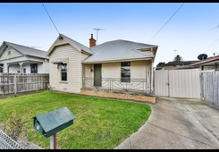 16 Crofton Street Geelong West