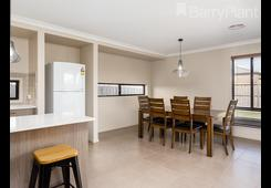 15 Hollywood Avenue Point Cook image