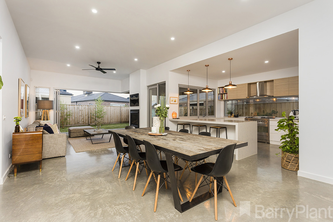 19 Parkstone Crescent Point Cook