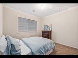 17 Santander Crescent Point Cook - image