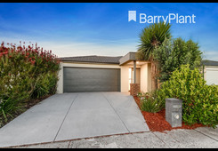 77 Willowtree Drive Pakenham