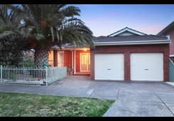 5 Coach House Drive Attwood