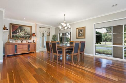 property/555255/39-41-the-panorama-keysborough/ image