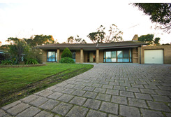 7 Milford Place Belmont