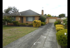 42 Holland Road Ringwood East