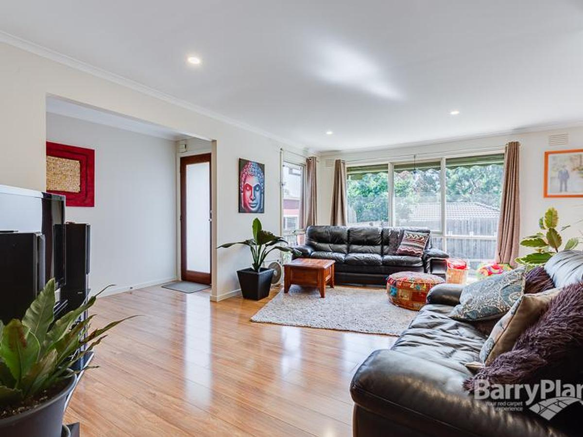 21 Isaacs Close Sunbury