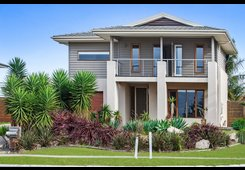 23 Nautical Rise Torquay