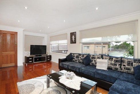 property/552288/78-wolverton-drive-gladstone-park/ image
