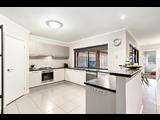26 Counthan Terrace Doreen - image