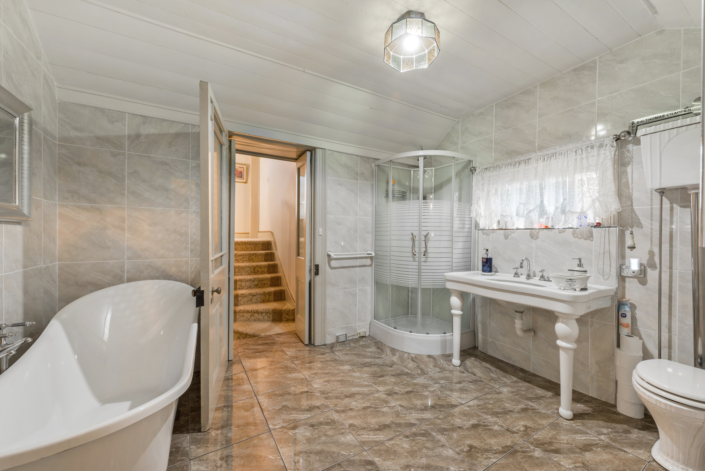 Bathroom Fixtures Geelong moorabool street geelong