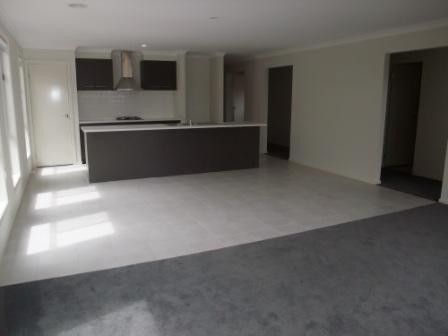 76 Villiers Drive Point Cook