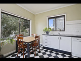 10 James Street Belmont - image