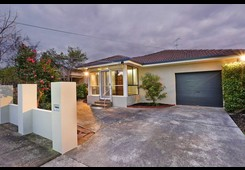 6 Thear Street East Geelong