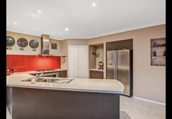 27 Whitlam Green Point Cook image
