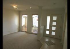 property/568368/9-silverdale-walk-cairnlea/ image