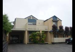 2/24 Dumfries Crt Court Torquay