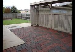 property/557371/3-15-park-street-wendouree/ image