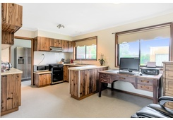 property/557372/18-nathan-court-leopold/ image