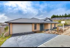 13 Amity Place Sunbury