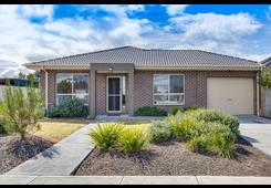 1/42 Mitchells Lane Sunbury