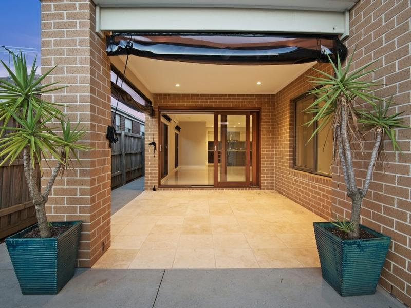 55 Denman Drive Point Cook