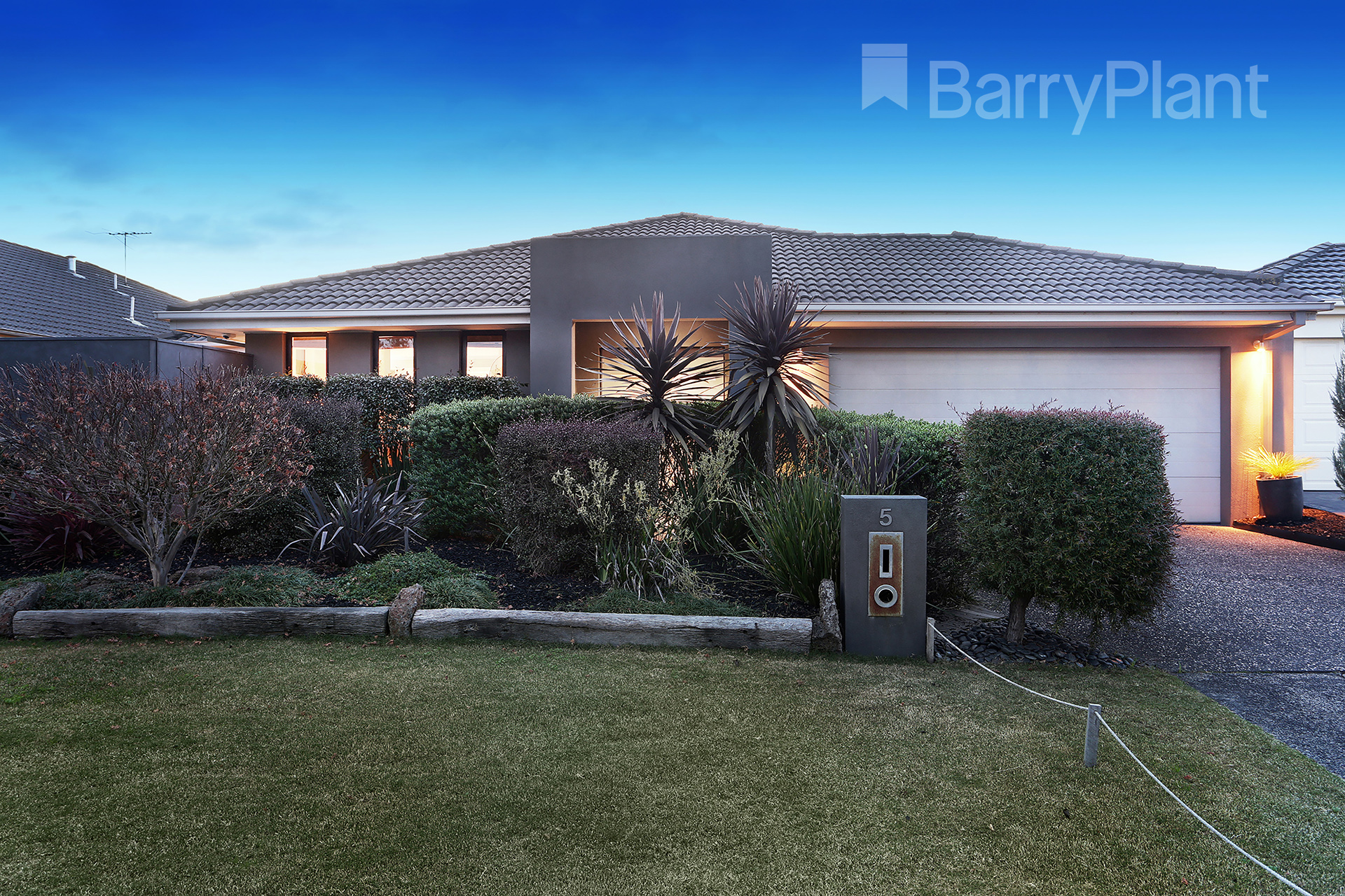 5 Banyalla Place Rowville