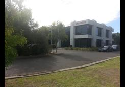 21 BUSINESS PARK Drive Notting Hill image
