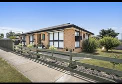 66 Mitchells Lane Sunbury