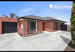 2/10 Crellin Street South Altona Meadows